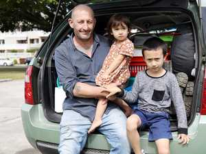 Outpouring of support for dad and kids living in car
