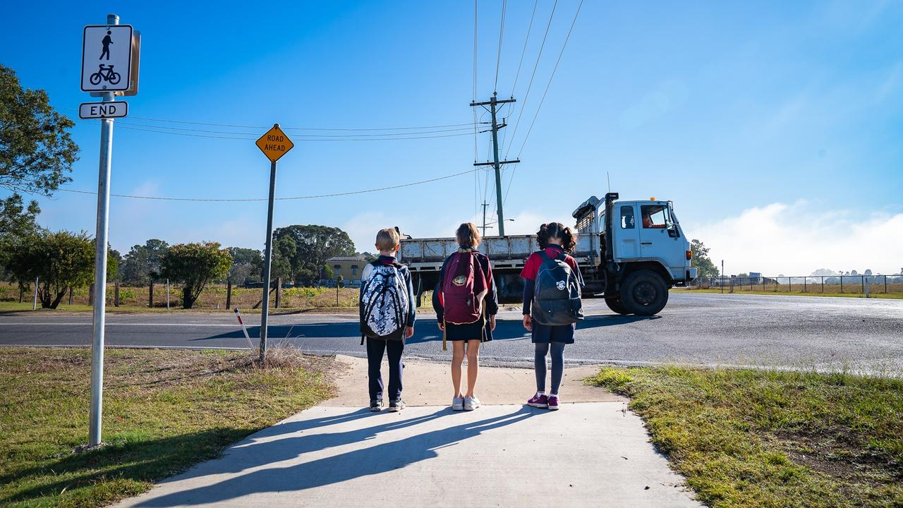 Children wait to cross the road along Saltwater Creek Rd. Photo: Contributed