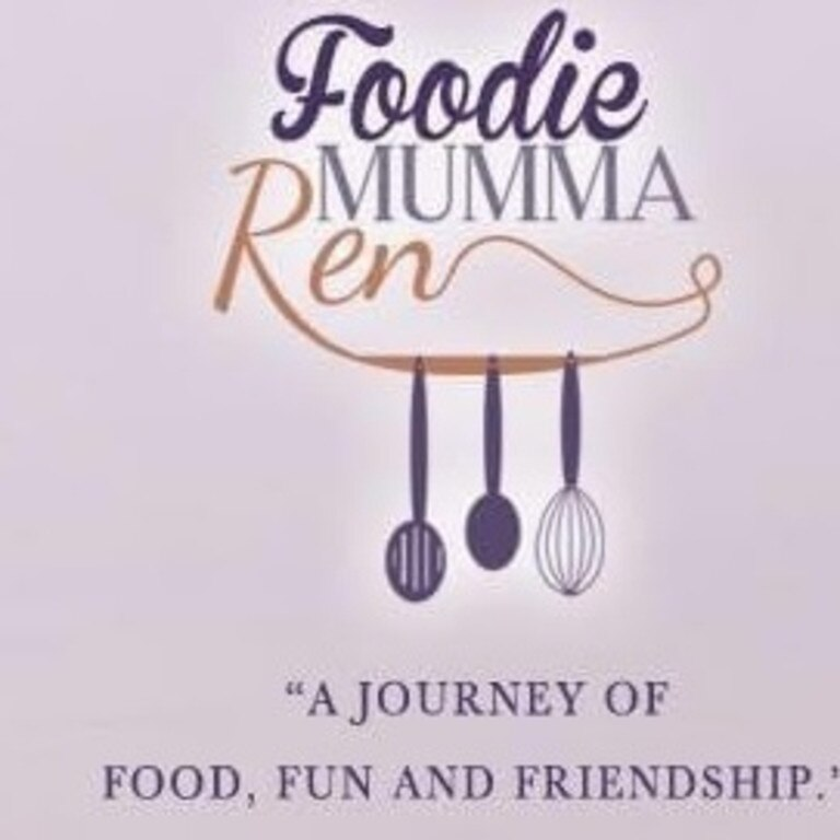 Renita Henry-May of Foodie Mumma Ren has been named as a finalist for the 2020 AusMumpreneur Awards.