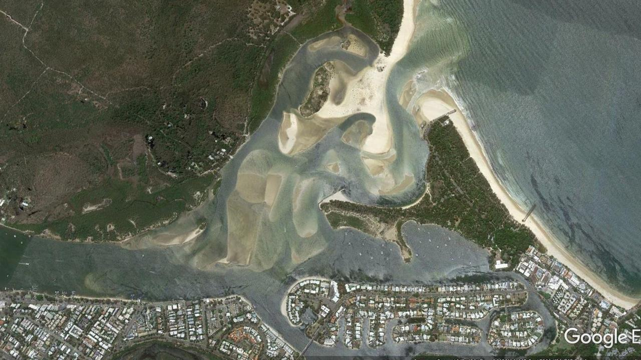 Aerial images of Noosa river mouth in 2017.