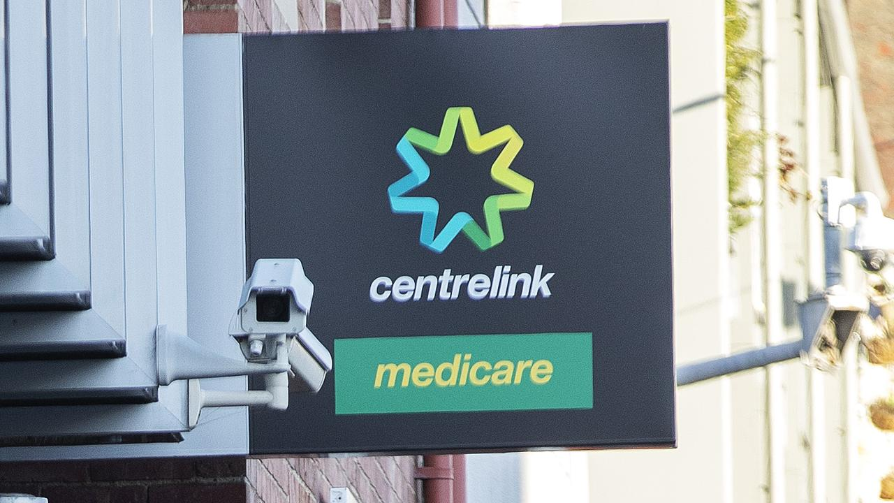 A woman has been ordered to repay a huge Centrelink debt for claiming the single's rate – even though her relationship was sometimes violent and coercive.
