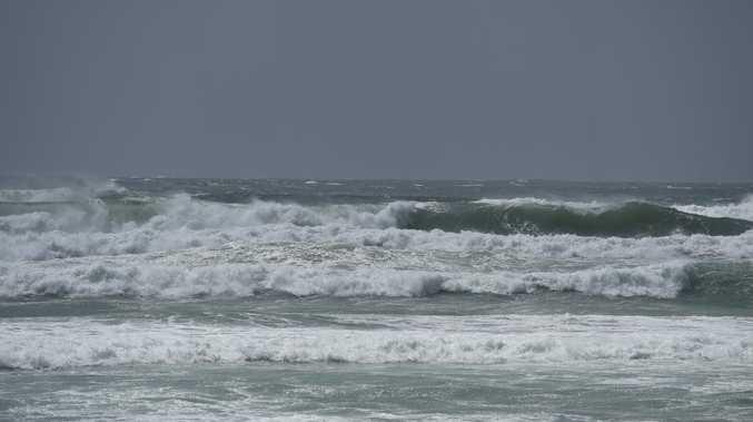 Weather bureau issues hazardous surf warning