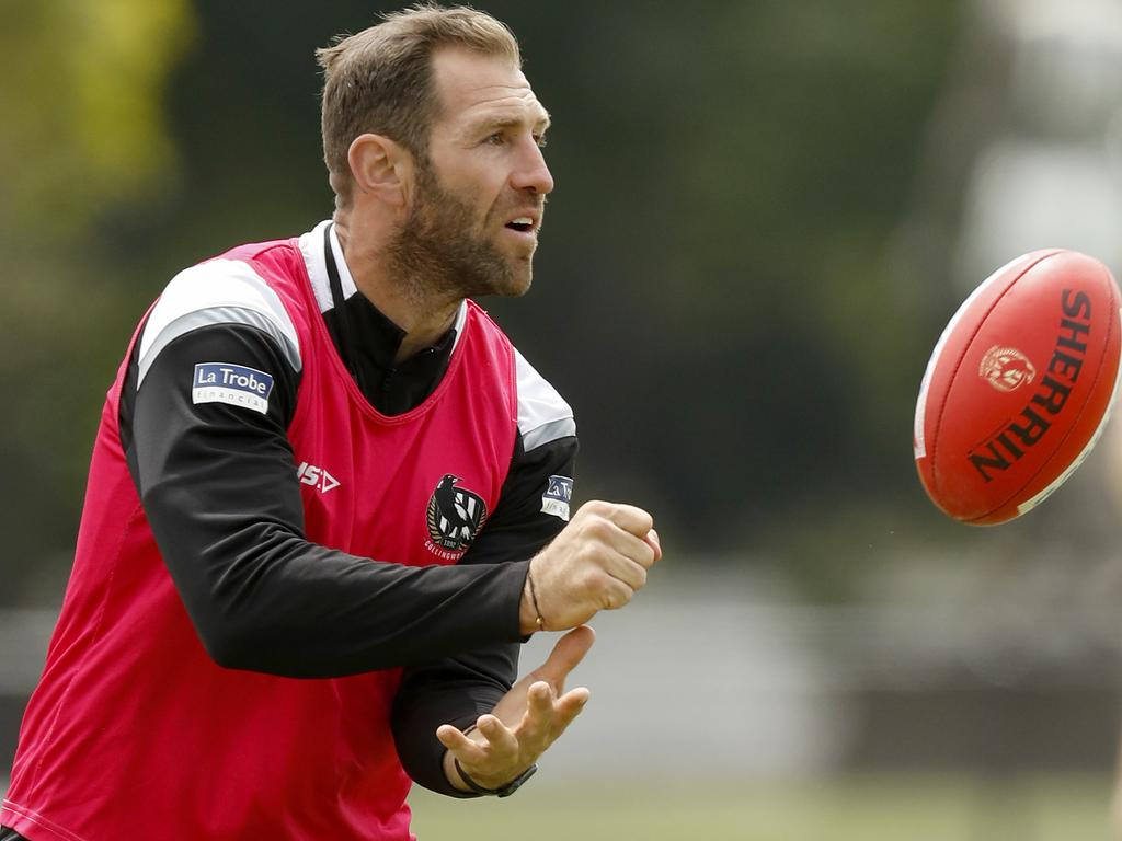 Former Collingwood star Travis Cloke fears a current day player could self-harm if they were continually being subjected to online abuse and threats.