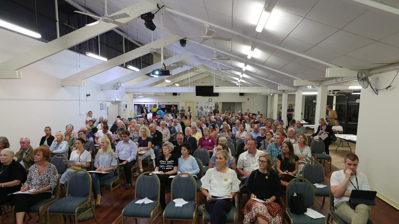 Palm Beach meeting in City Plan changes. Picture Glenn Hampson.