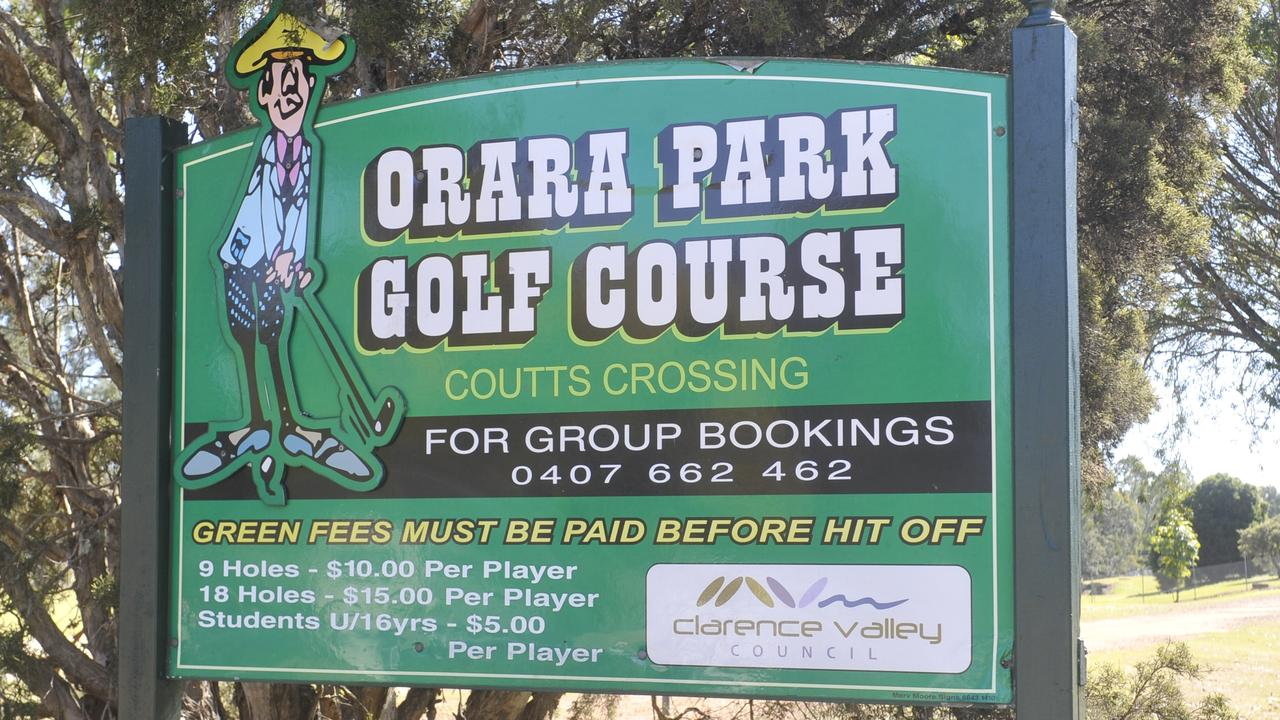 Golf at Orara Park Golf Course in Coutts Crossing.