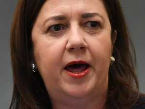 Feds tell Palaszczuk: Your job to save tourism