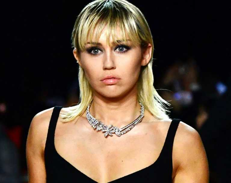 Miley Cyrus has revealed who she lost her virginity to in a clip from a podcast she shared to Instagram.