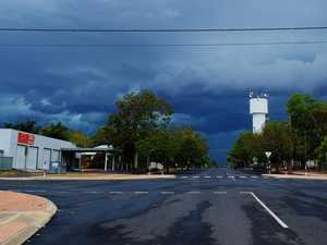 Western Downs set for a wet night as thunderstorm rolls in