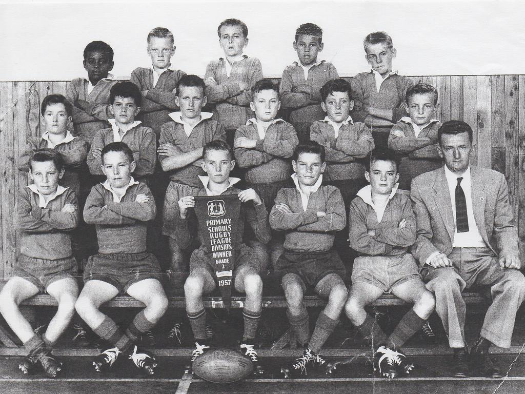 Victor Simon (back row, second from right) was part of the Maroubra Primary team that won in its Division in the Primary Schools Rugby League Competition (Grade 2) in 1957.