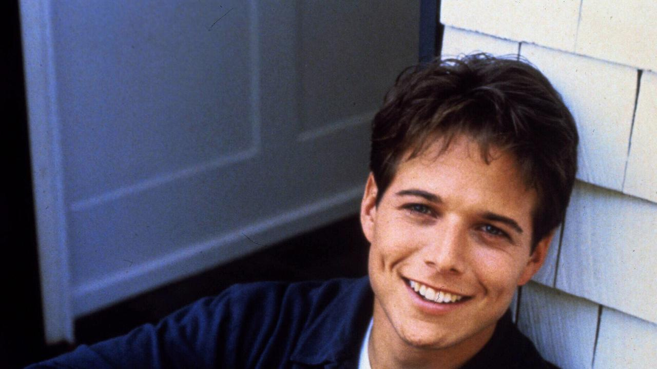 Scott Wolf was a lot younger in TV show