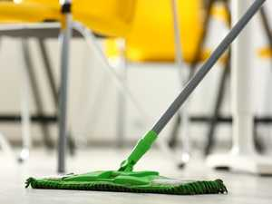 Man's alleged attempt to clean up street fight with mop