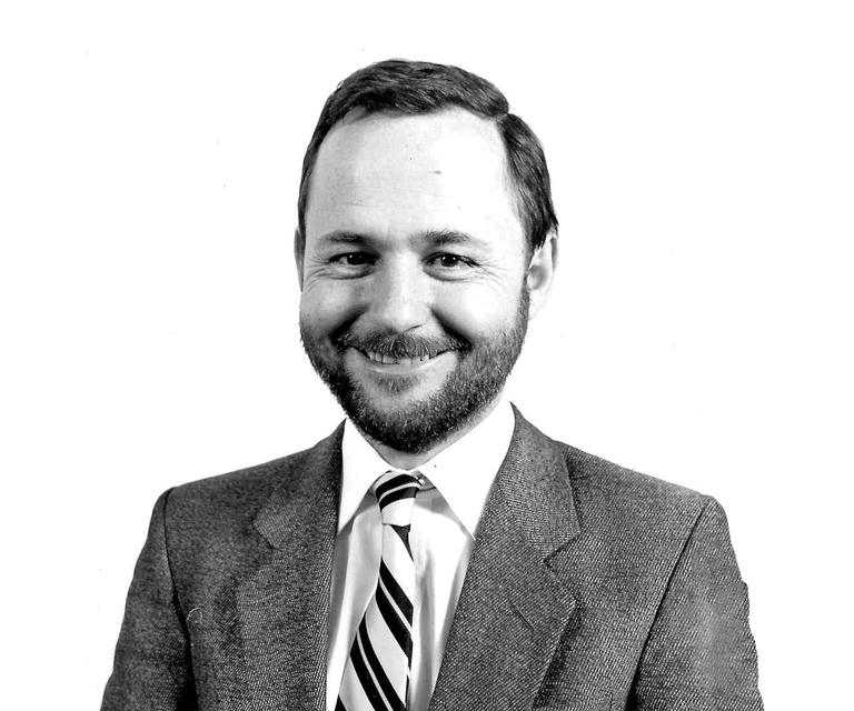 Dr Ian Steven (MB, BS Adelaide, MD, MPH, FRACGP, FAFPHM)