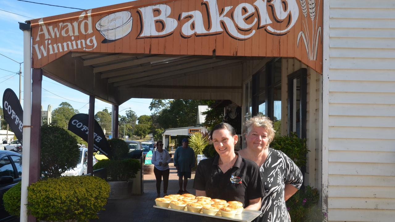 Blackbutt Bakery owner Roberta Anson and her pie chef Franka Mills. (Picture: File)