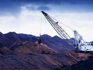 BHP to sell Qld coal mines amid slump in prices
