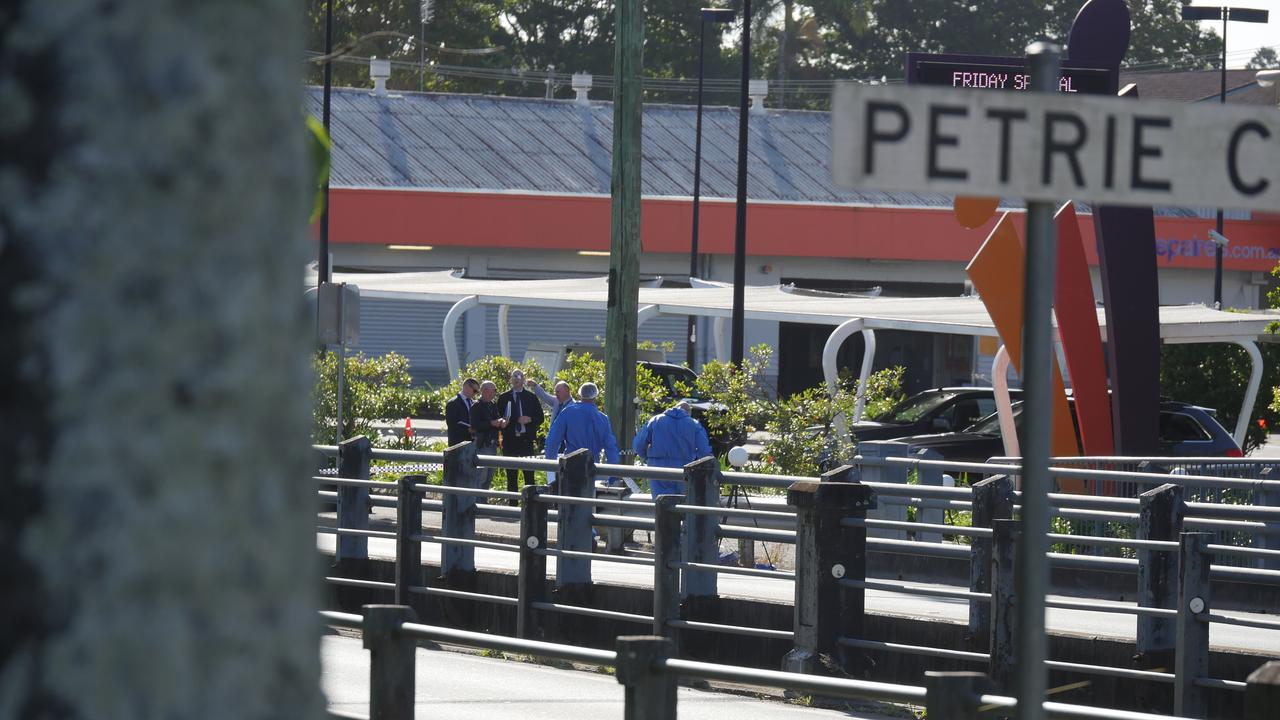 A crime scene has been established in Nambour where a 31-year-old Buddina woman's dead body was found early Saturday. Detectives from the Sunshine Coast and forensic officers continuing their investigations.