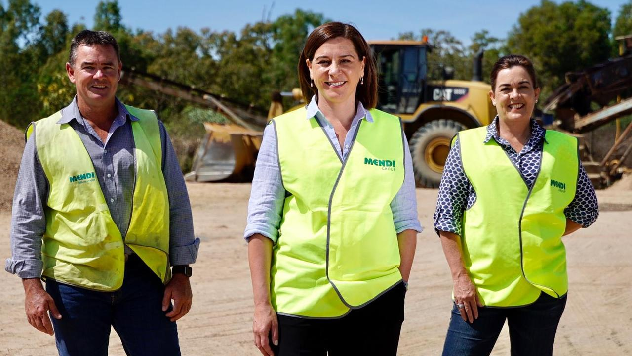 Natalie Marr (right) and Opposition Leader Deb Frecklington with Jeff Doyle at Townsville Graded Sands while spruiking the new Bradfield Scheme.