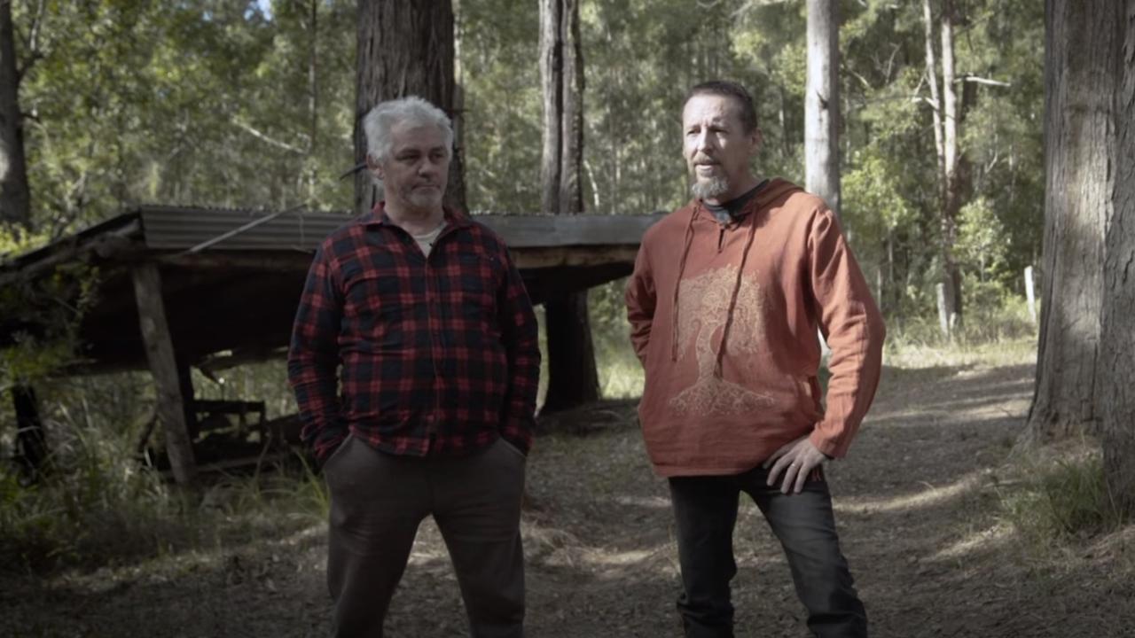 Gunham Badi Jakamarra and Adrian Brennock in a YouTube video promoting the proposed Nightcap on Minjungbul community.