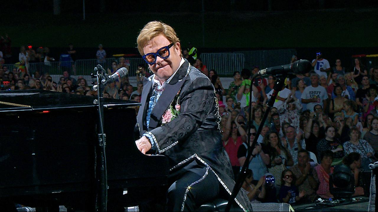 Elton John performing at C.ex Coffs International Stadium.