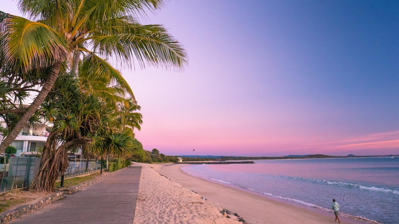 A live-in night manager is required at Noosa Heads resort.