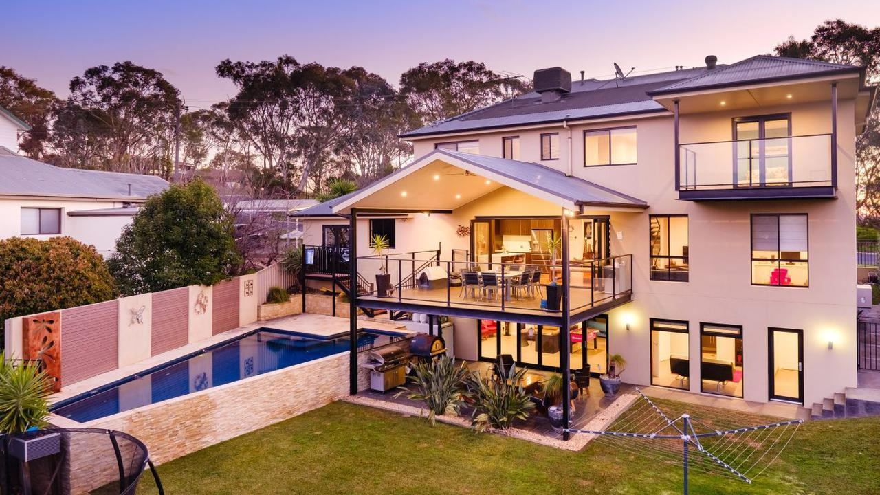 Many Sydneysiders are heading to regional areas where luxury properties are more affordable. This Albury home at 574 Roper St is listed with a $950k-$1.04m price guide.