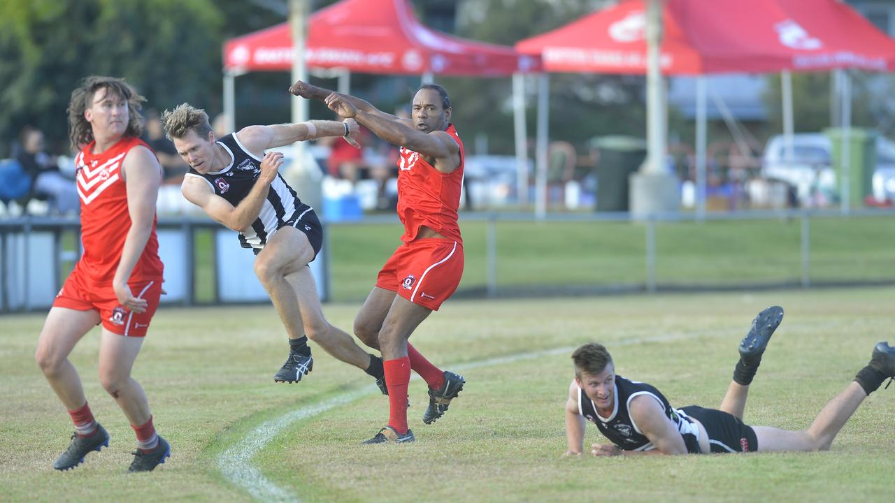 Eastern Swans defeated Mackay Magpies 10.12-72 to 4.9-33 in Round 8 of the AFL Mackay Allied Pickfords Cup at Rogers Oval. Photo: Callum Dick