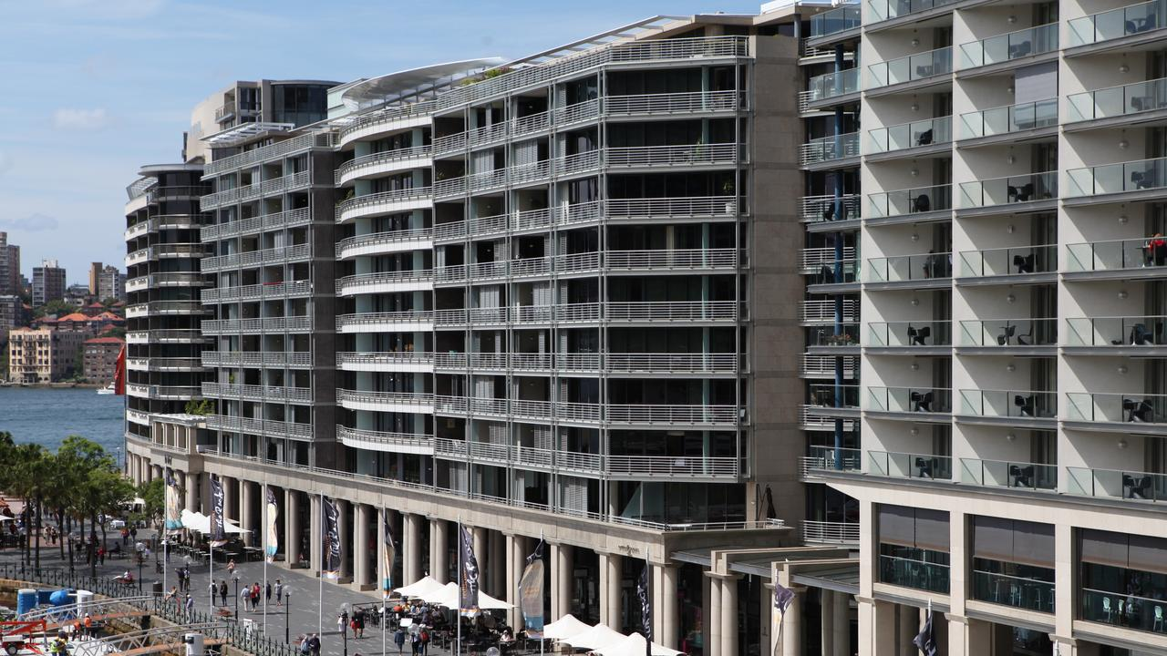 """Clinton Cole says Sydney risks recreating the unloved """"Toaster"""" apartments that now line one side of Circular Quay."""