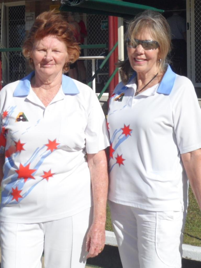 COOLOOLA COAST BOWLS: Winner of the Ladies SIngle Final 2020 Wendy Ryan (left) with Alexa Sniegowski.
