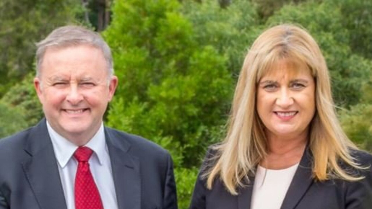 Anthony Albanese with Richmond MP Justine Elliot.