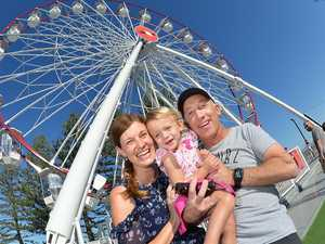 Ferris wheel aims for 100,000 riders with extended stay