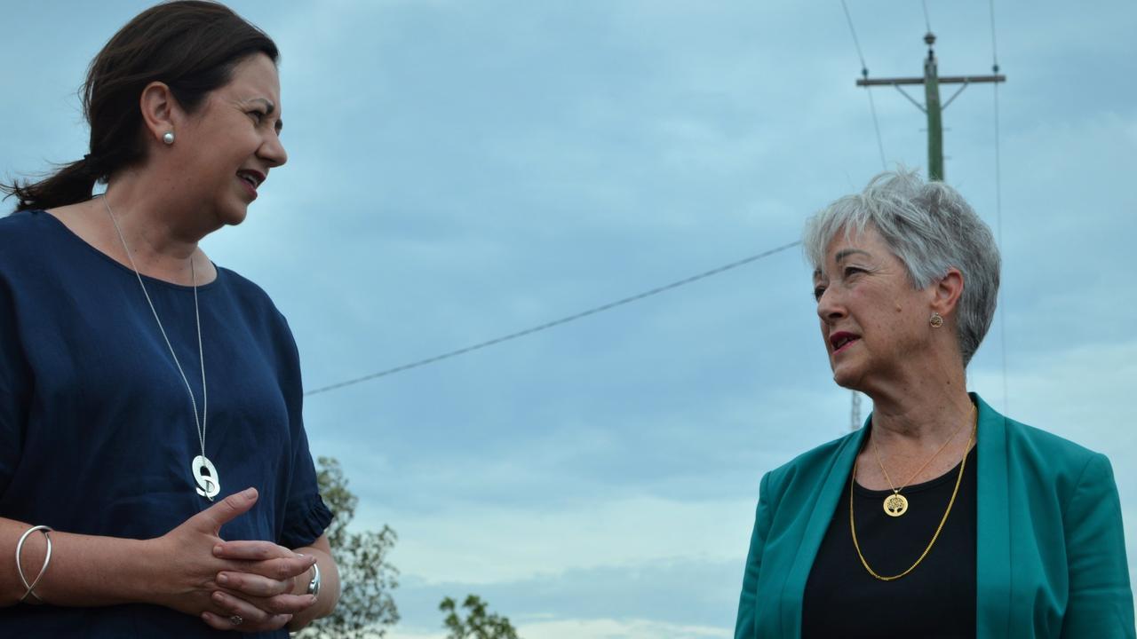 Annastacia Palaszczuk visits then mayor Tracy Dobie to discuss the Warwick pipeline grid.