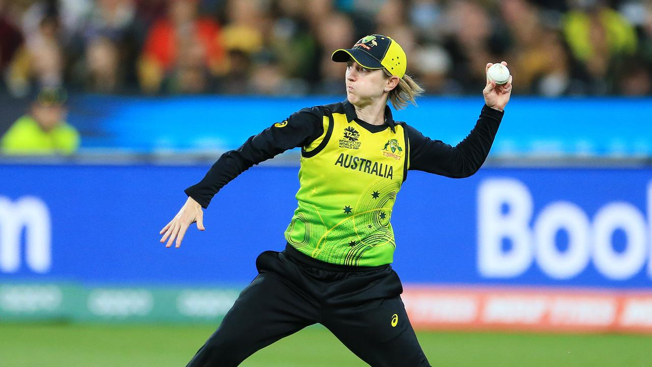 Rachael Haynes during the 2020 ICC Women's T20 World Cup final at the MCG. Picture: Mark Stewart