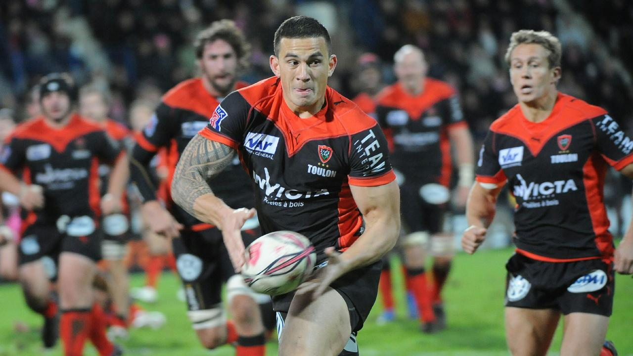 Sonny Bill Williams signed a $1.2m deal with Toulon. Johnny Wilkinson (R).