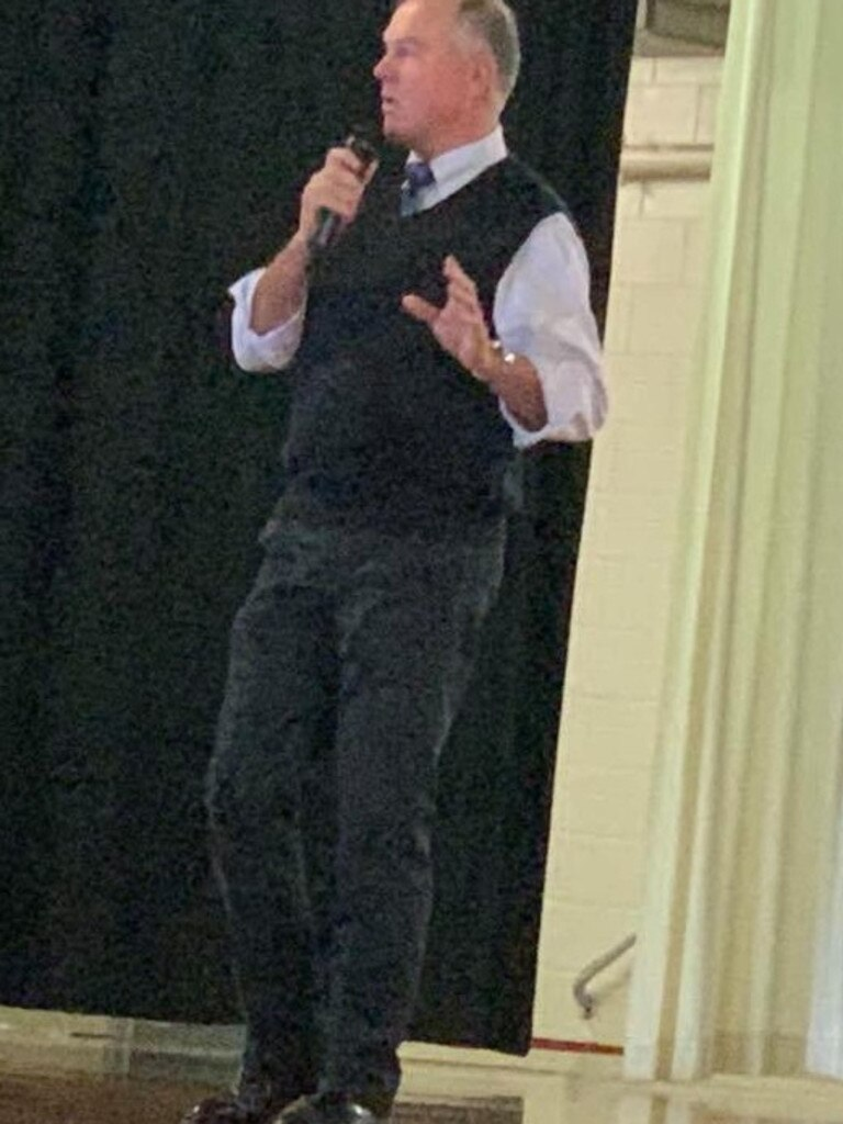 Gympie MP Tony Perrett addresses the Gympie Chamber of COmmerce meeting August 17, 20202.