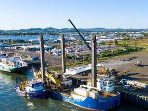 Clinton Channel dredge departs port