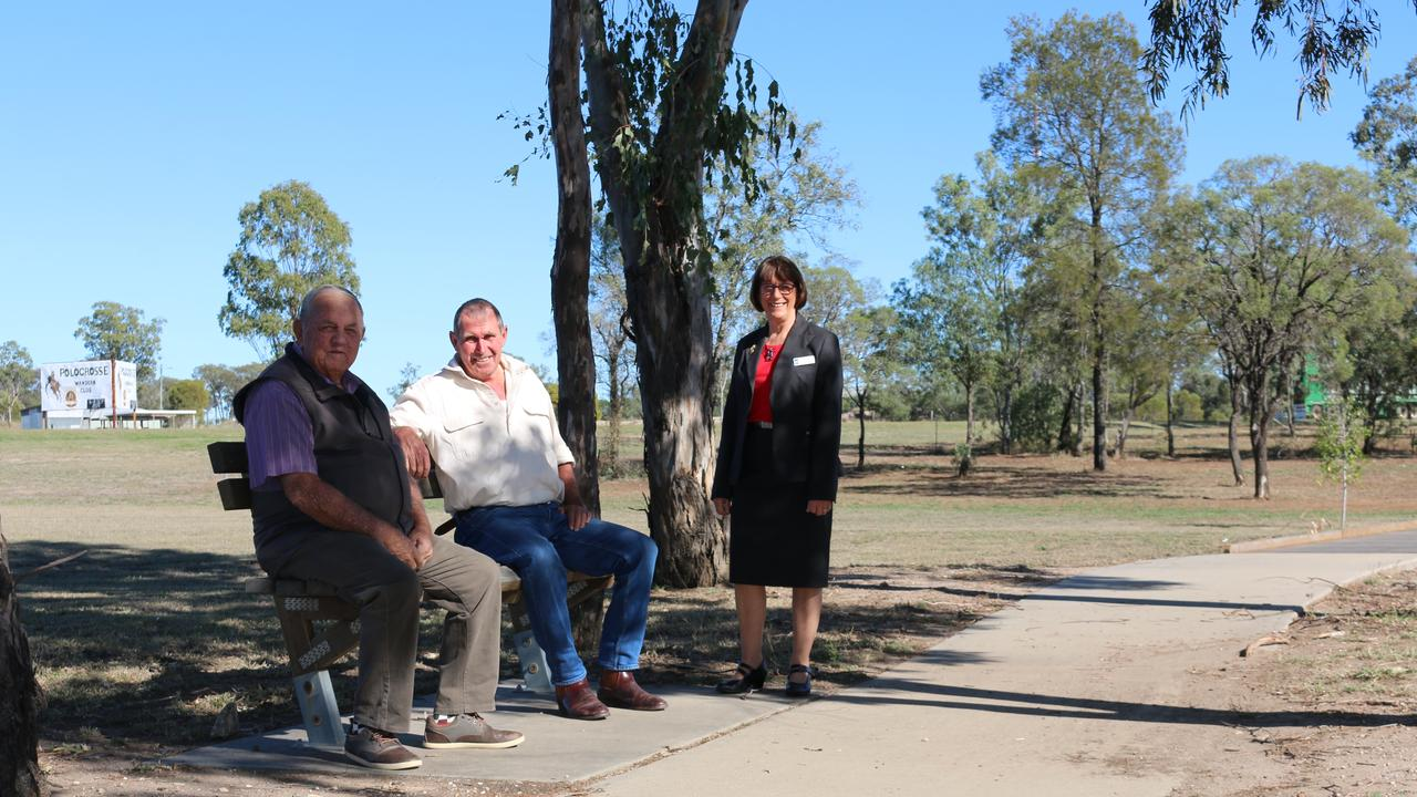 Wandoan residents Bob Williams and Pat Devlin with Councillor Carolyn Tillman.