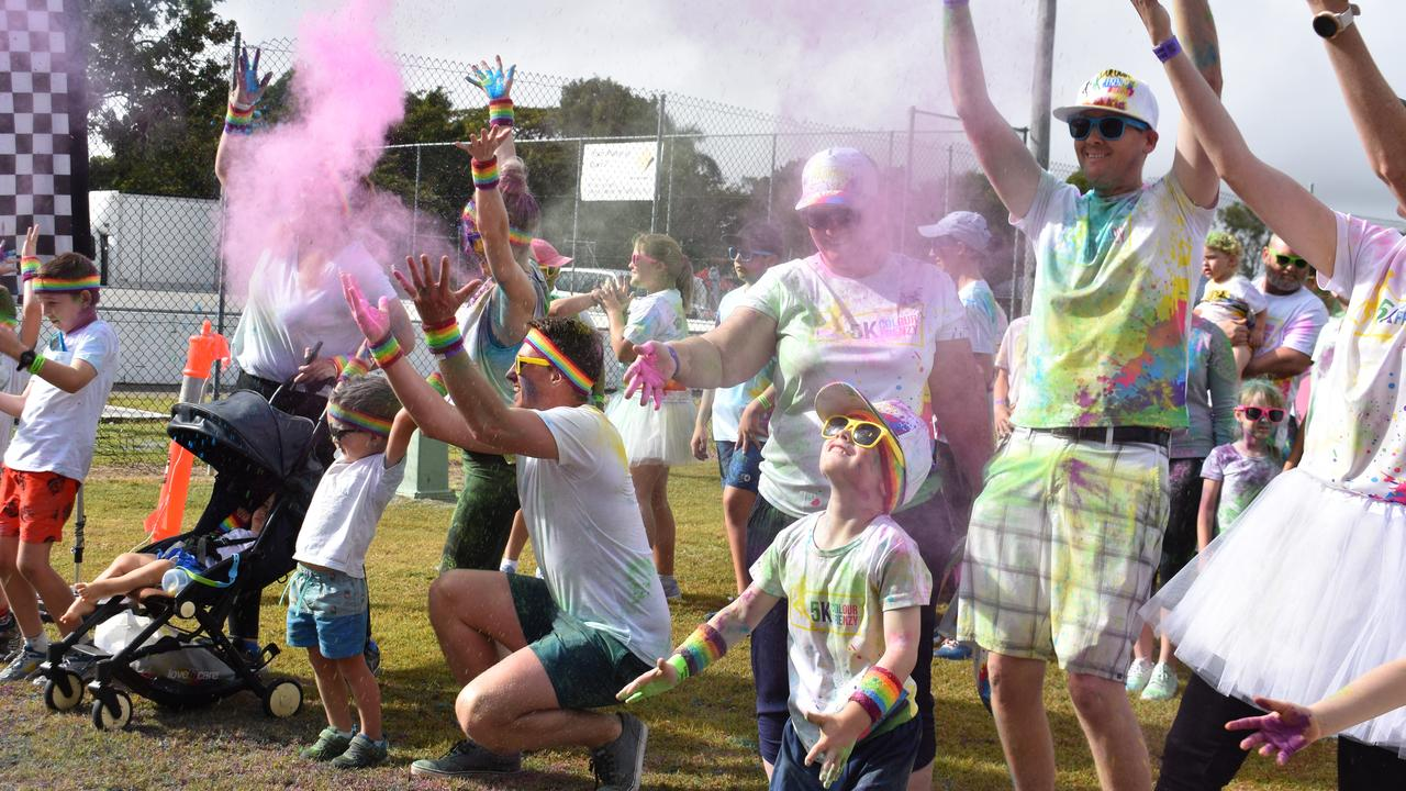 Mackay colour frenzy participants. Picture: Melanie Whiting