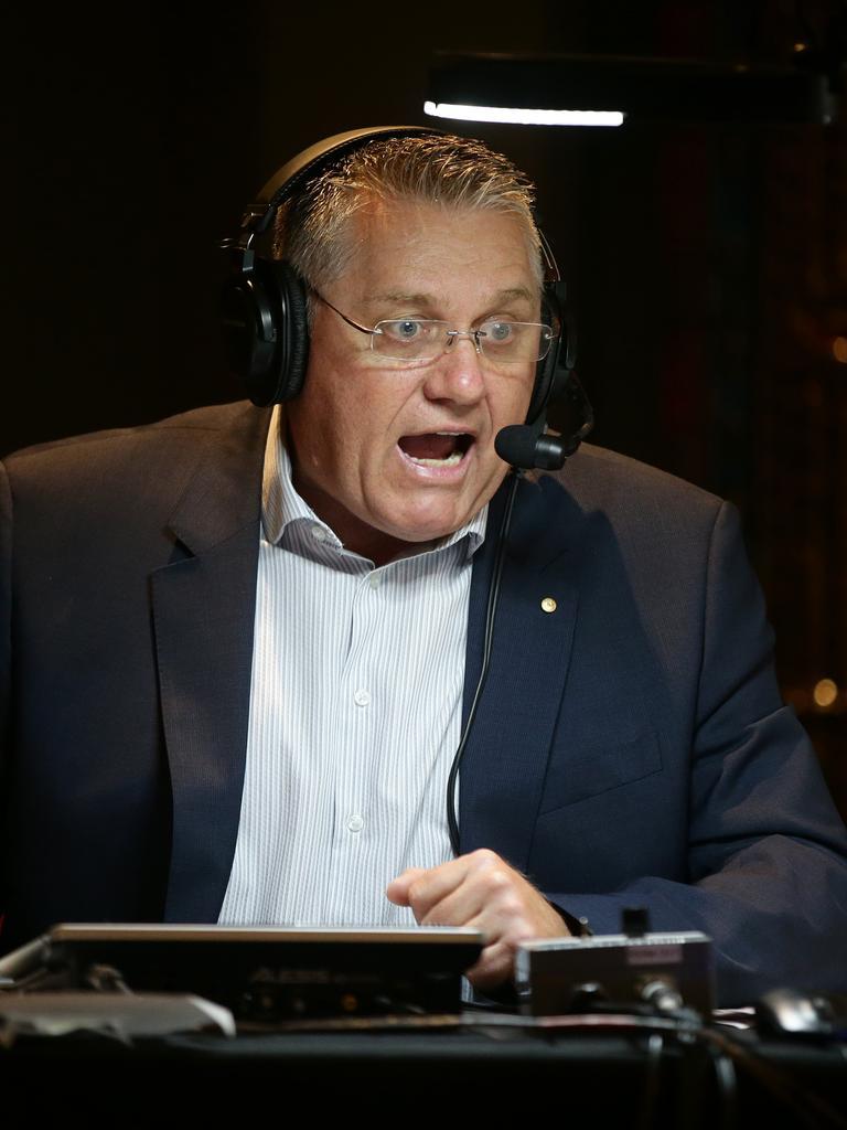 Hadley slammed Jones' support for Pete Evans.