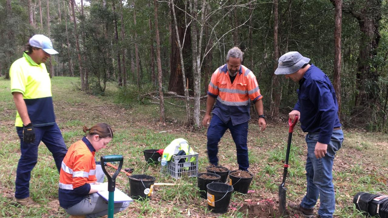 Consultant Eco Logical Australia Pty Ltd worked with the project's Registered Aboriginal Parties over the past nine weeks to complete the excavations of 19 Potential Archaeological Deposits.