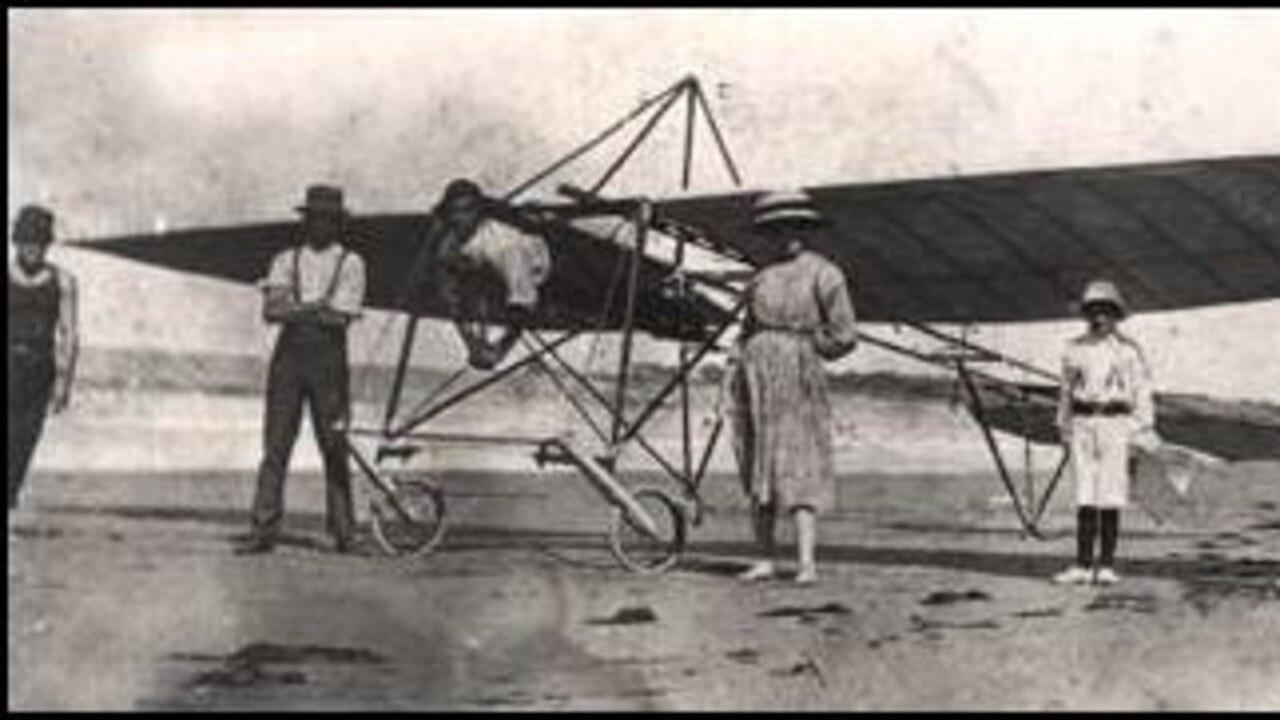 Bert Hinkler's glider.