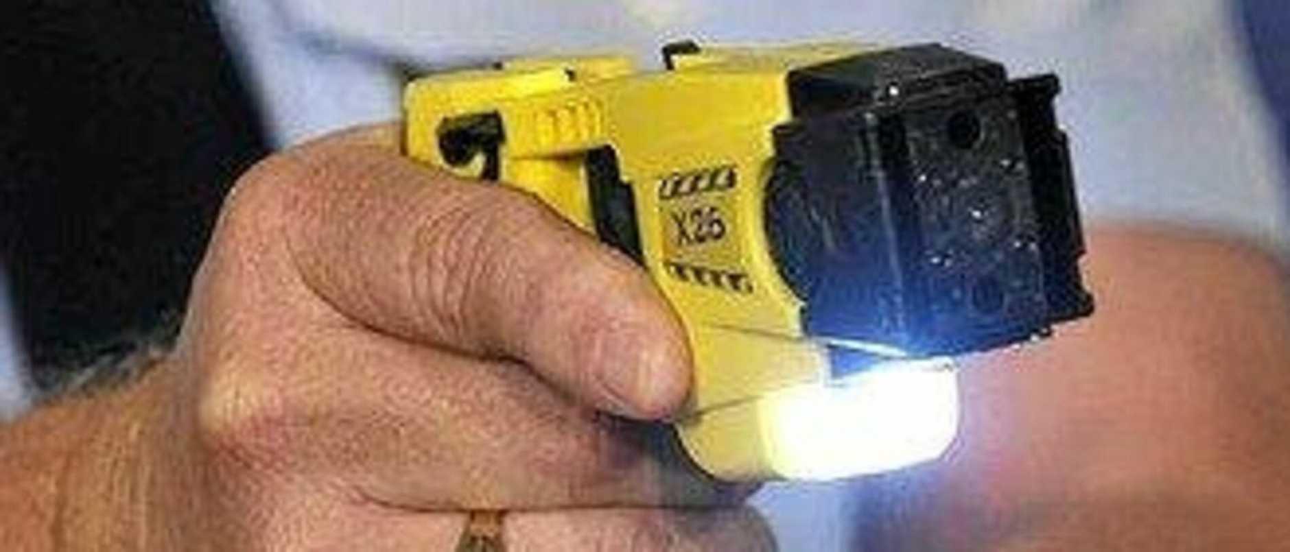 Rollingstone Police forced to taser drunk, half-naked man threatening violenc
