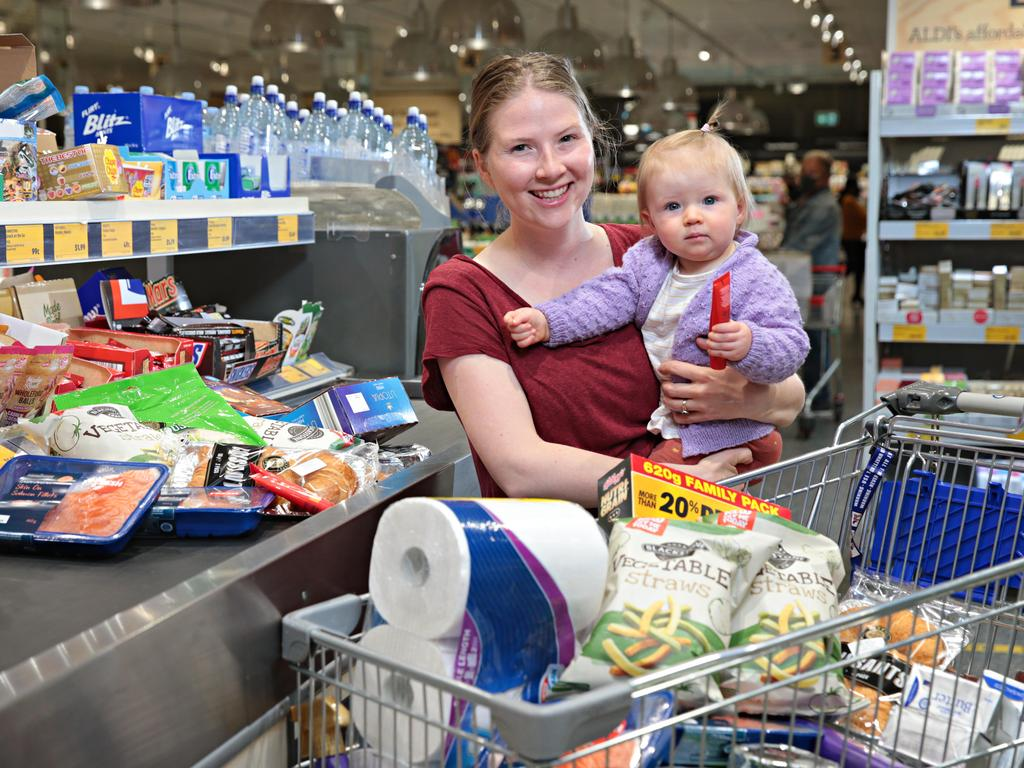 Jennifer Dowling with her daughter Eilis Dowling (1) at Ashfield Aldi on the 6th of September. Picture: Adam Yip