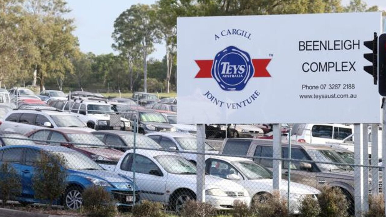 Teys Abattoir at Beenleigh says it is suffering a labour shortage because of the JobSeeker program.