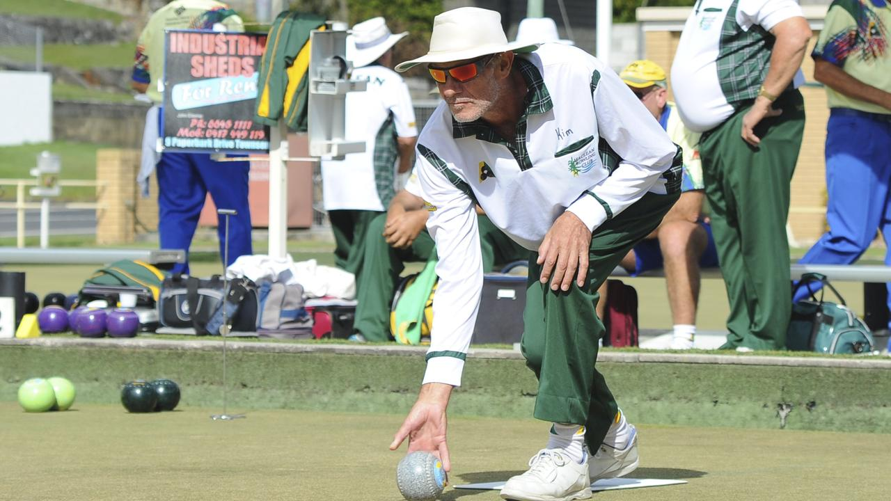 FLASHBACK: 2020 Maclean Minor Singles champion Kim Frazer pictured on the greens in 2014. Photo: Leigh Jensen/ The Daily Examiner