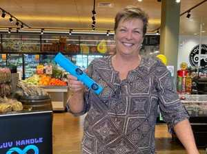 'Luv Handle' helps shoppers get a grip on germs