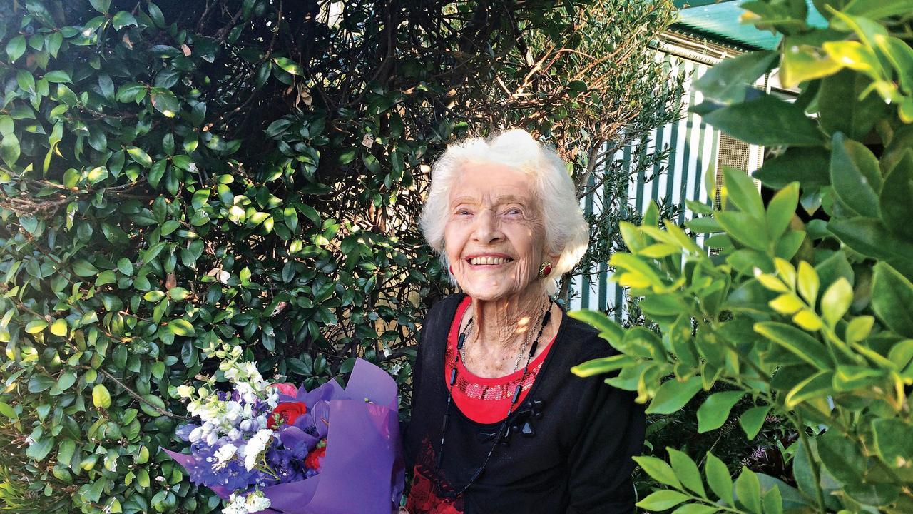 A photo of Winifred Jefferies celebrating one of her many birthdays at Dougherty Villa