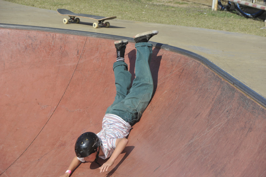 Image for sale: Under-16 shredders hit the bowl at the annual Popsgood Skateboarding Bowl-A-Nana at Coffs Harbour Skate Park on Saturday, September 12, 2020. Photo: Mitchell Keenan