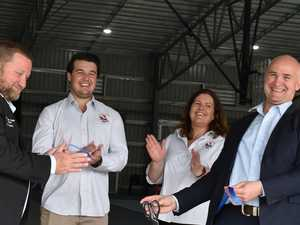 20+ PHOTOS: Roosters' awe over new facility