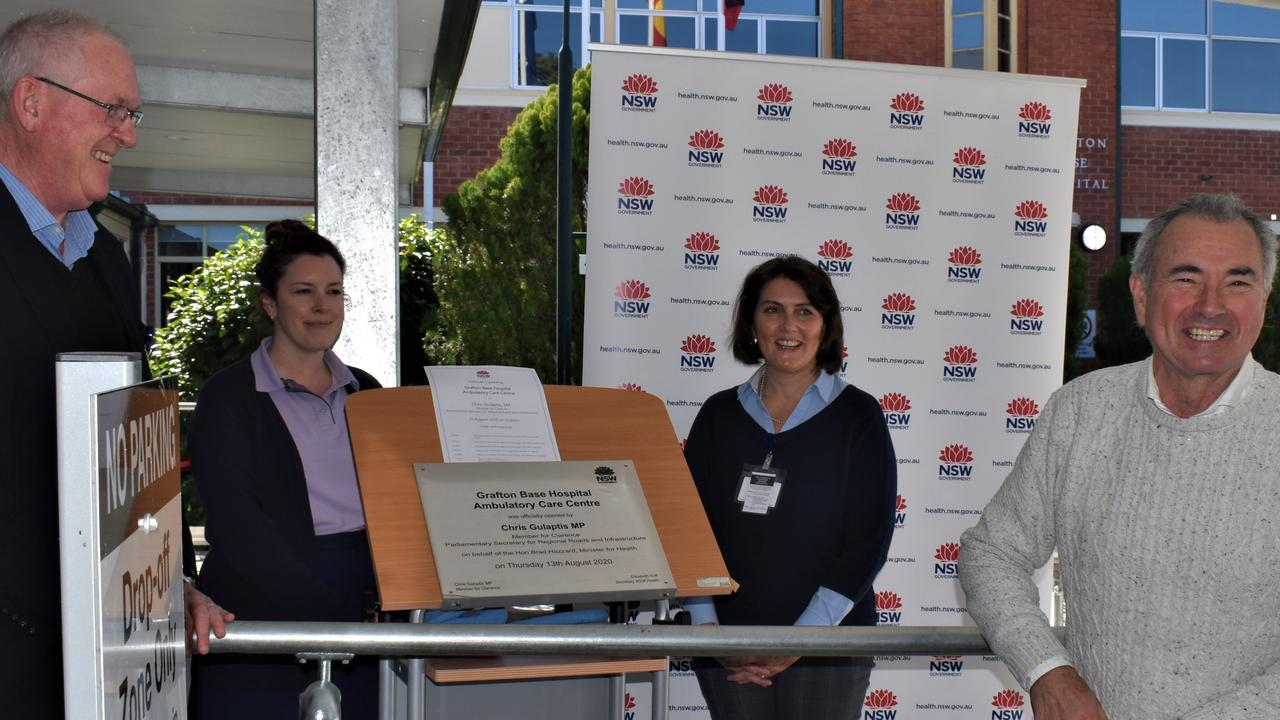 Clarence Health Service general manager Dan Madden and Member for Clarence Chris Gulaptis with hospital staff at the official opening of the $17.5 million Grafton Base Hospital Ambulatory Care Centre on Thursday, 13th August, 2020.