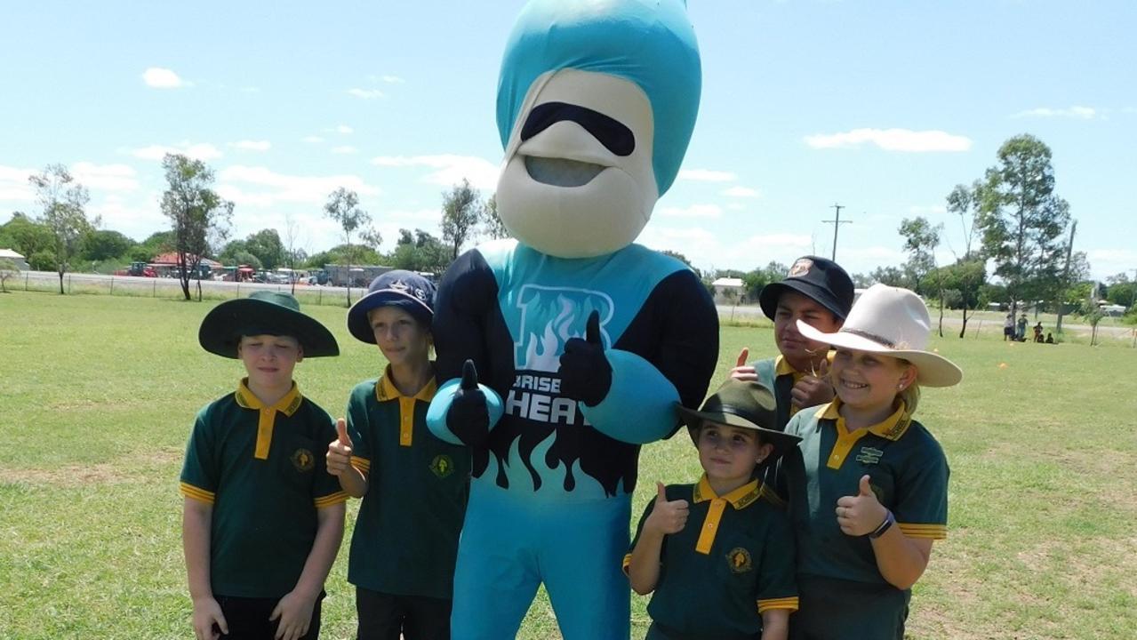 Banana students and Brisbane Heat mascot at a previous event.