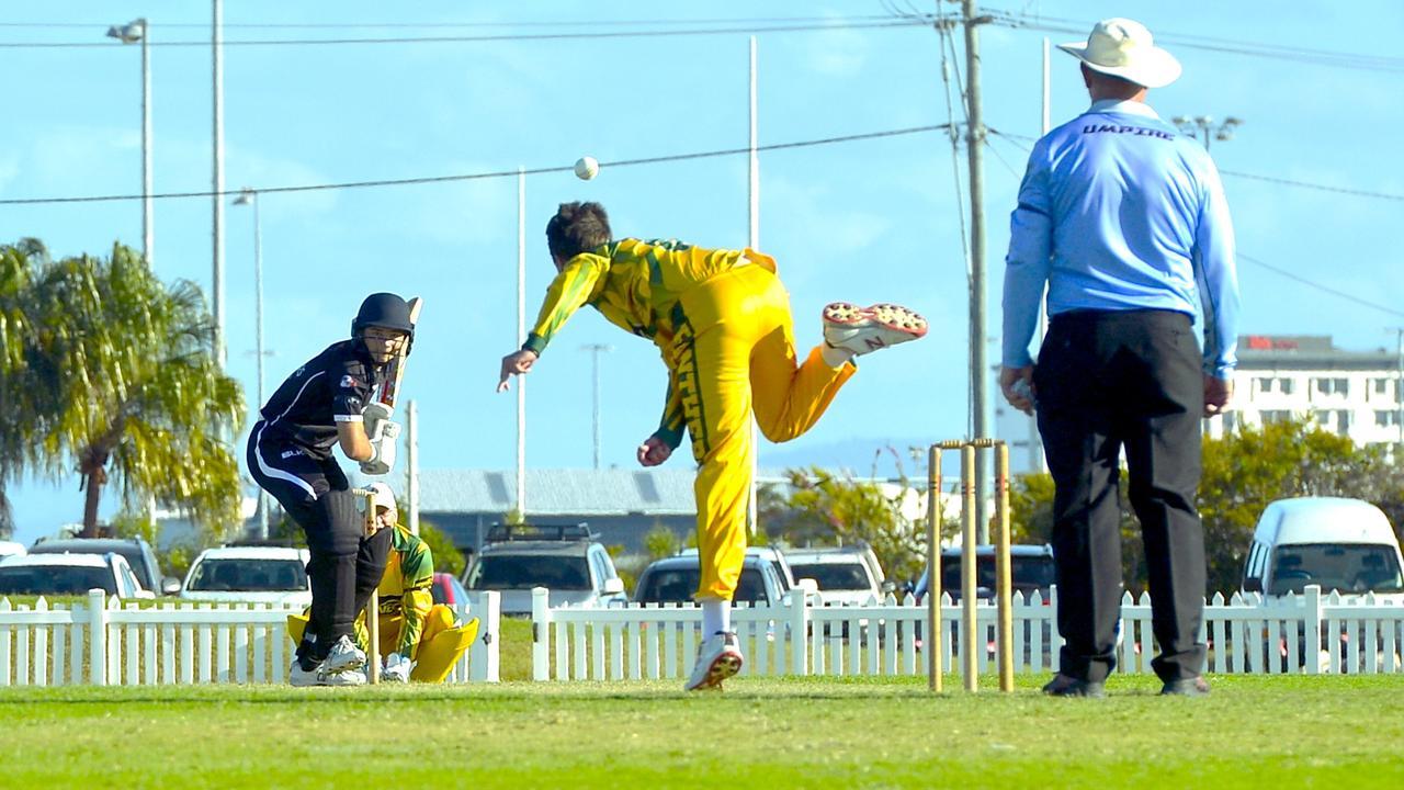 Mackay Cricket Dixon Homes Division 1 T20 Shootout. Pioneer Valley skipper Tim Cridland bowls to Magpies batsman Jaxn Sign. Photo: Callum Dick